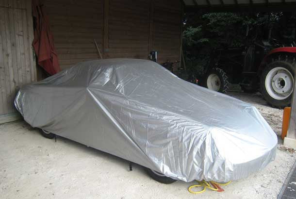 Outdoor lightweight covers for SAAB by Voyager