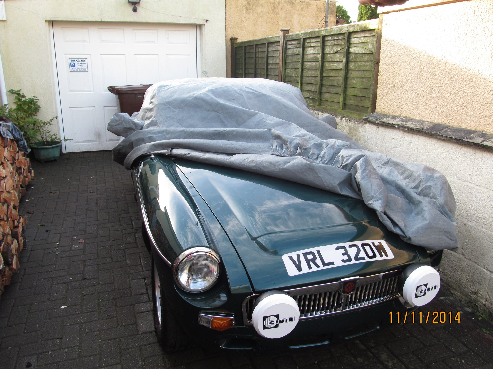 Indoor Black Dust Cover Lightweight Sahara MG MGB GT Coupe