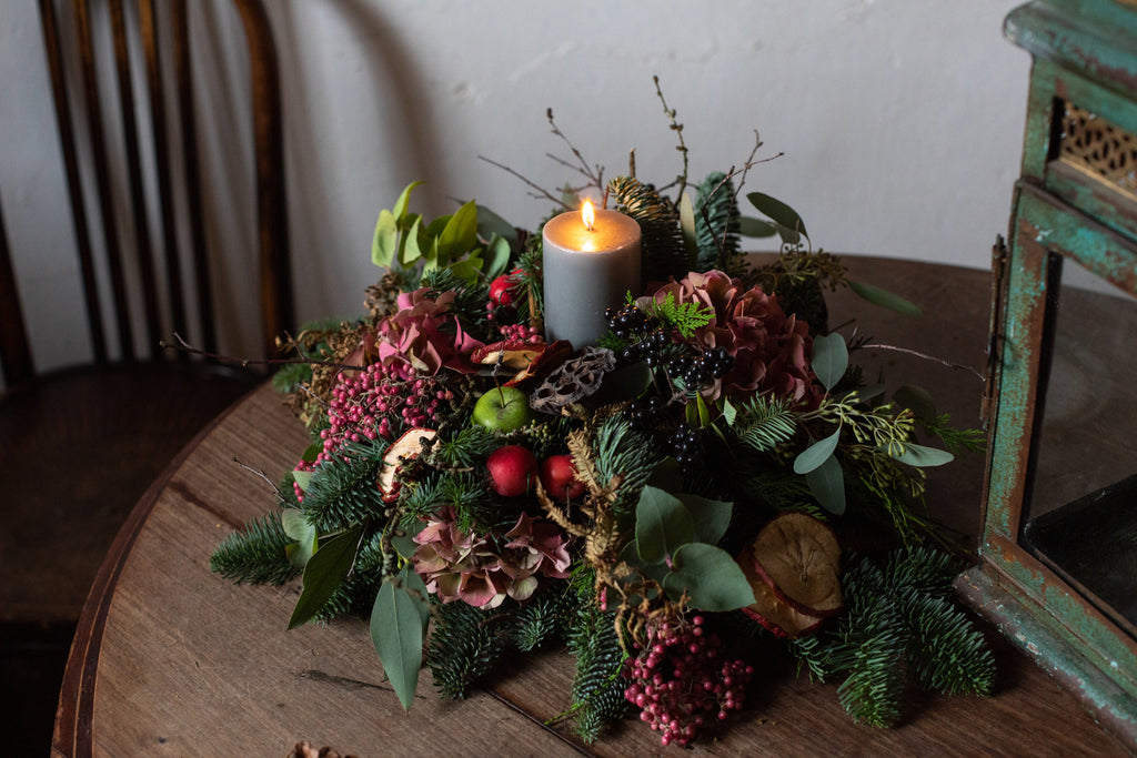 The garden's Christmas table arrangement
