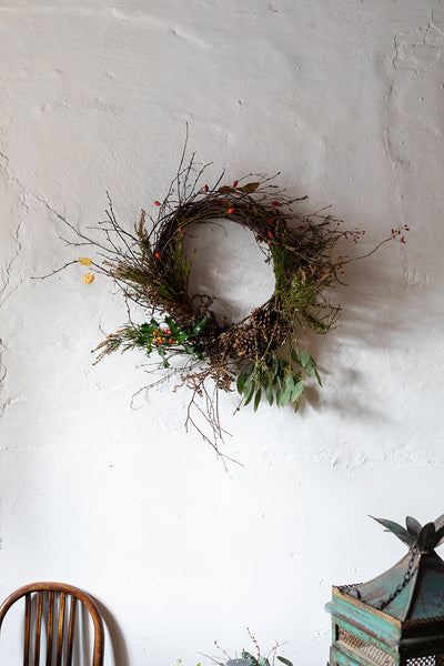 Wreath on a wire base