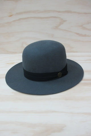 SIMON AND MARY JULIAN HAT available in GREY