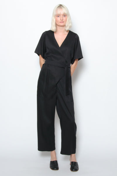 Loup Jetta Jumpsuit LOUP is available in Brisbane Queensland Australia at Violent Green store #LOUP #LOUPDEALER #LOUPAUSTRALIA #LOUPBRISBANE #LOUPQUEENSLAND #LOUPSTOCKIST #LOUPSIMONEJEAN #LOUPSIMONE #LOUPNYC #LOUPNEWYORKCITY #LOUPNEWYORK