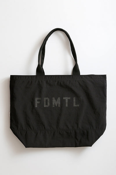 Fdmtl Fundamental Luxury Agreement Travel Tote Bag Black FDMTL FUNDAMENTAL LUXURY AGREEMENT is available in Brisbane Queensland Australia at Violent Green store #fdmtl #fundamentalluxuryagreement #sashiko #boro #vintagedenim #denim #madeinjapan #patchwork #indigo #indigodenim #fdmtldealer #fdmtlstockist #fdmtlaustralia #fdmtlbrisbane #fdmtlqueensland