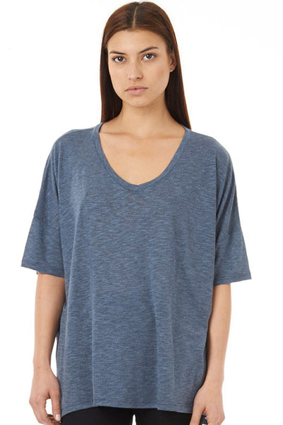 NATIVE YOUTH SLUBBY V-NECK TEE(womenswear) in NAVY