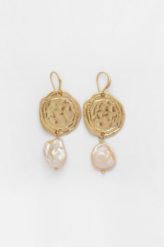 Reliquia Suprise Earrings - Gold /  Pearl