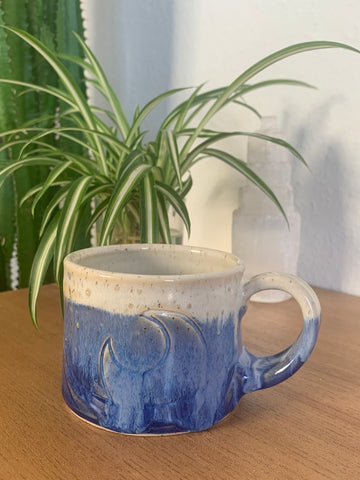 24 Mysterious Blue Fog Wave Mug