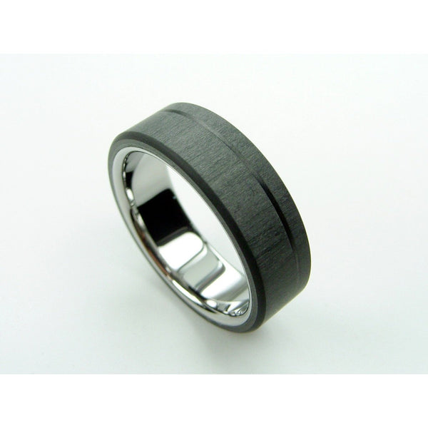 Black Carbon Pinstripe Ring in Polished Titanium - hersteller