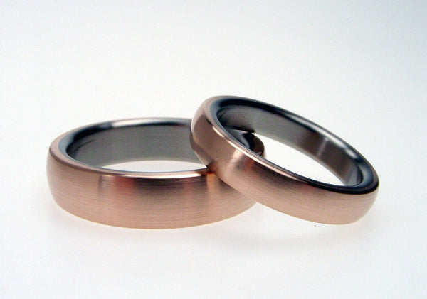 Bronze and Titanium Wedding Ring Set - Bronze Exterior with Titanium Interior - hersteller