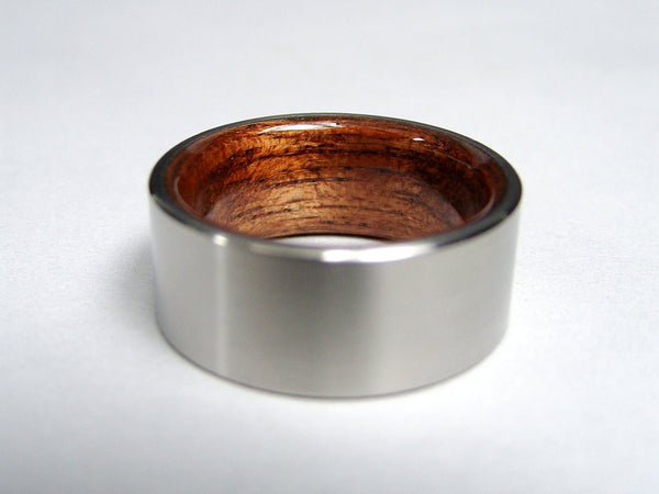 Titanium Ring with Rosewood Interior - hersteller