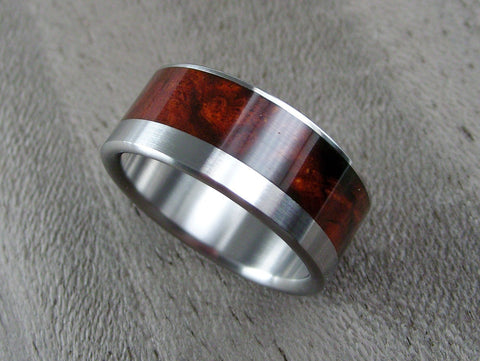 Wood and Titanium Mens Wedding Ring -- Wide Offset Cocobolo Burl Stripe - hersteller