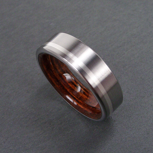 Wooden Marine Deckwood Ring with Titanium in Brushed Finish and Offset Argentium Silver Stripe - hersteller