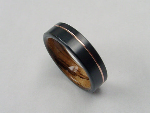 Zebra Wood Ring with Gold Pinstripe in Black Zirconium - hersteller