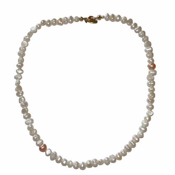 Chloe Pearl Necklace