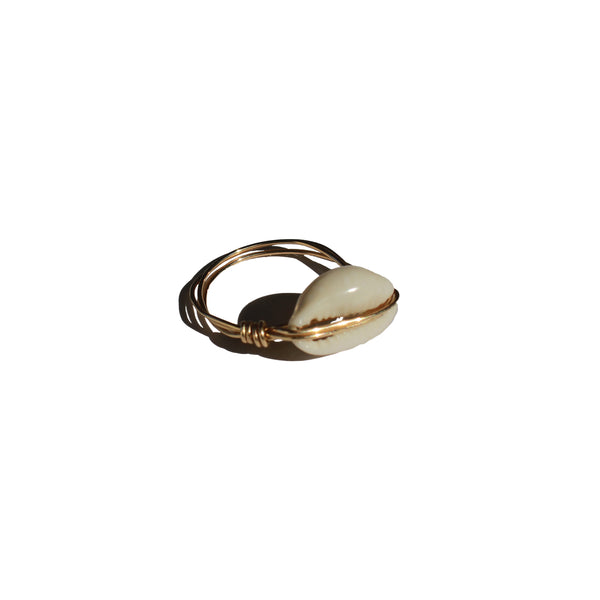 Elliot Shell Ring