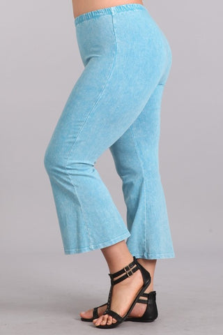 Chatoyant Plus Size Mineral Washed Crop Flare Sky Blue