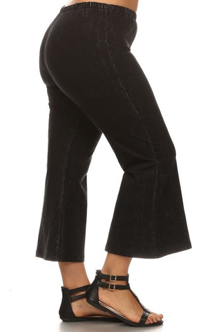 Chatoyant Plus Size Mineral Washed Crop Flare Black