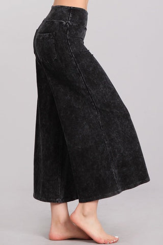 Chatoyant Mineral Wash Cropped Wide-Leg Pants Black