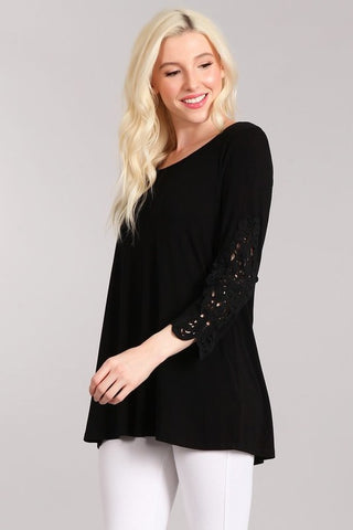 Chatoyant 3/4 Sleeve Crochet Lace Tunic Top Black