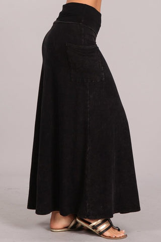 Chatoyant Mineral Wash Skirt Black