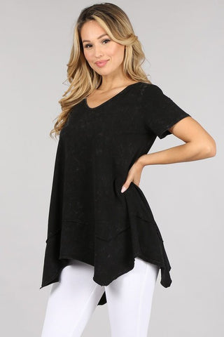 Chatoyant Basic Mineral Wash Top Black