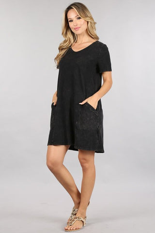 Chatoyant Mineral Wash Pocket Dress Black