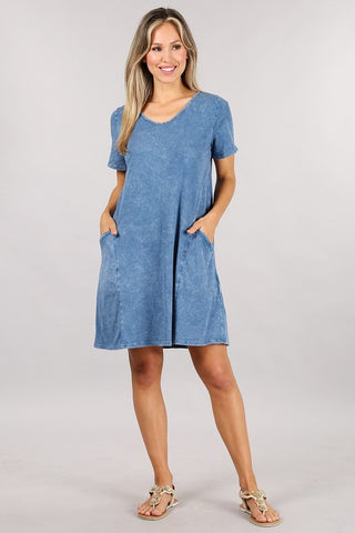 Chatoyant Mineral Wash Pocket Dress Lt Denim