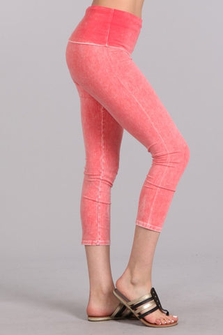 Mineral Wash Fold Over Waist Capris Peach