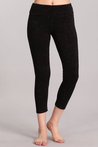 Chatoyant Mineral Wash Crop Leggings Black