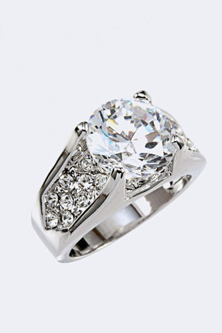 🌹  Designer Inspired Cubic Zirconia Ring Size 9🌹