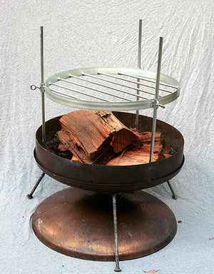 Hillbilly Fire Dish - Adjustable Height Rack 530mm