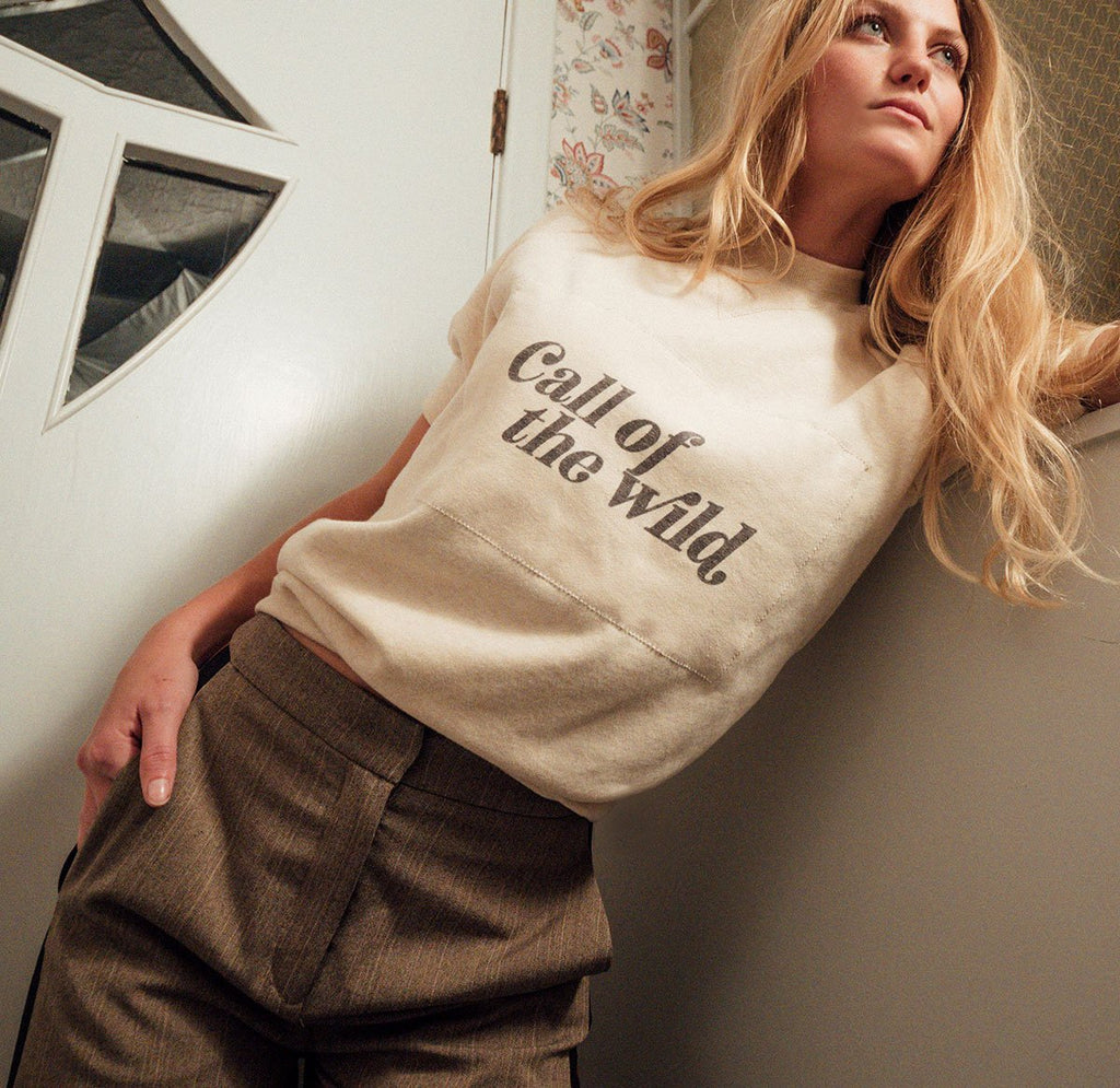 CALL OF THE WILD VINTAGE WASH RAGLAN SWEATER