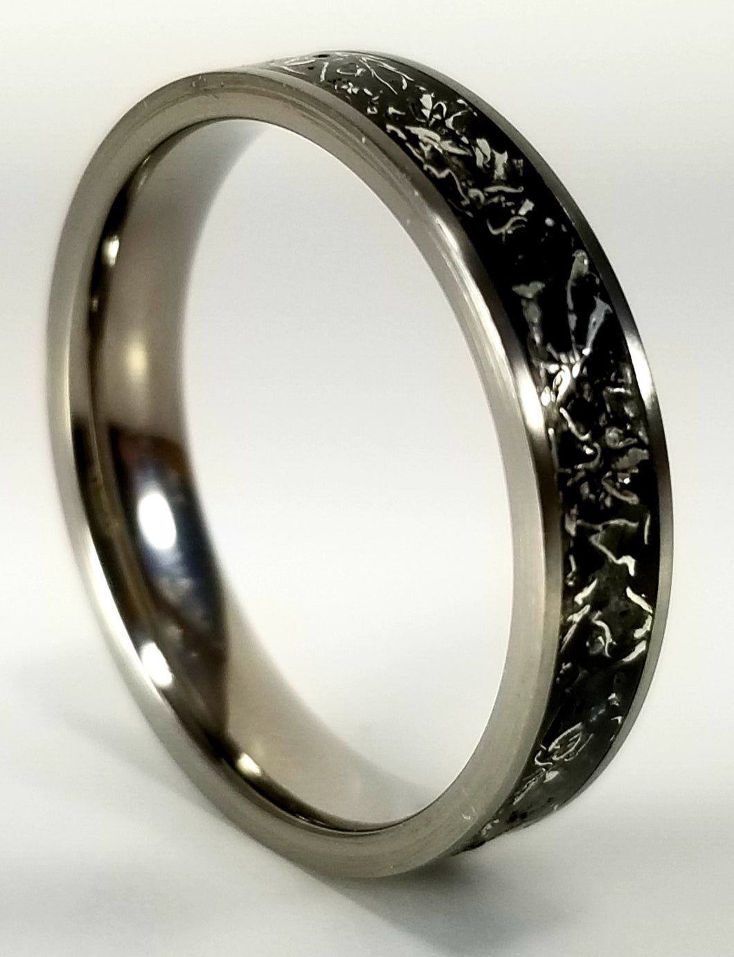 IPI Creations Carbon Capture Ring - Narrow Band