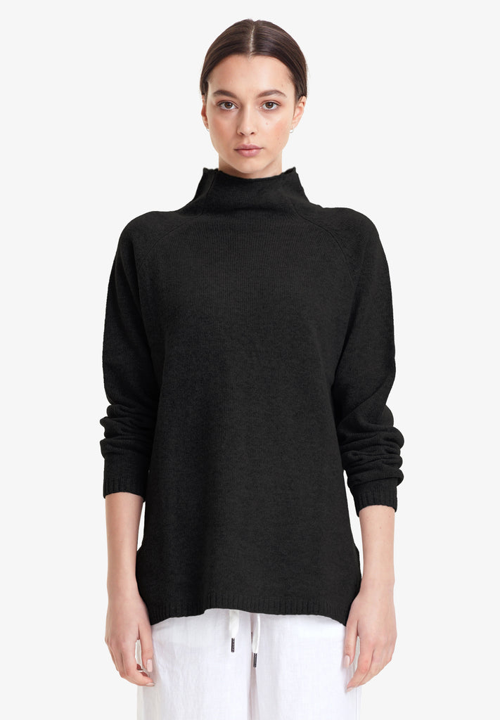 WOOL / CASHMERE FUNNEL KNIT, BLACK