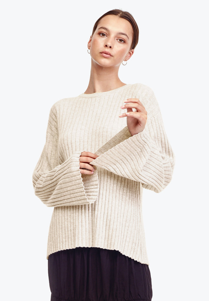 *PRE-ORDER* – CASHMERE WOOL LS, SAND