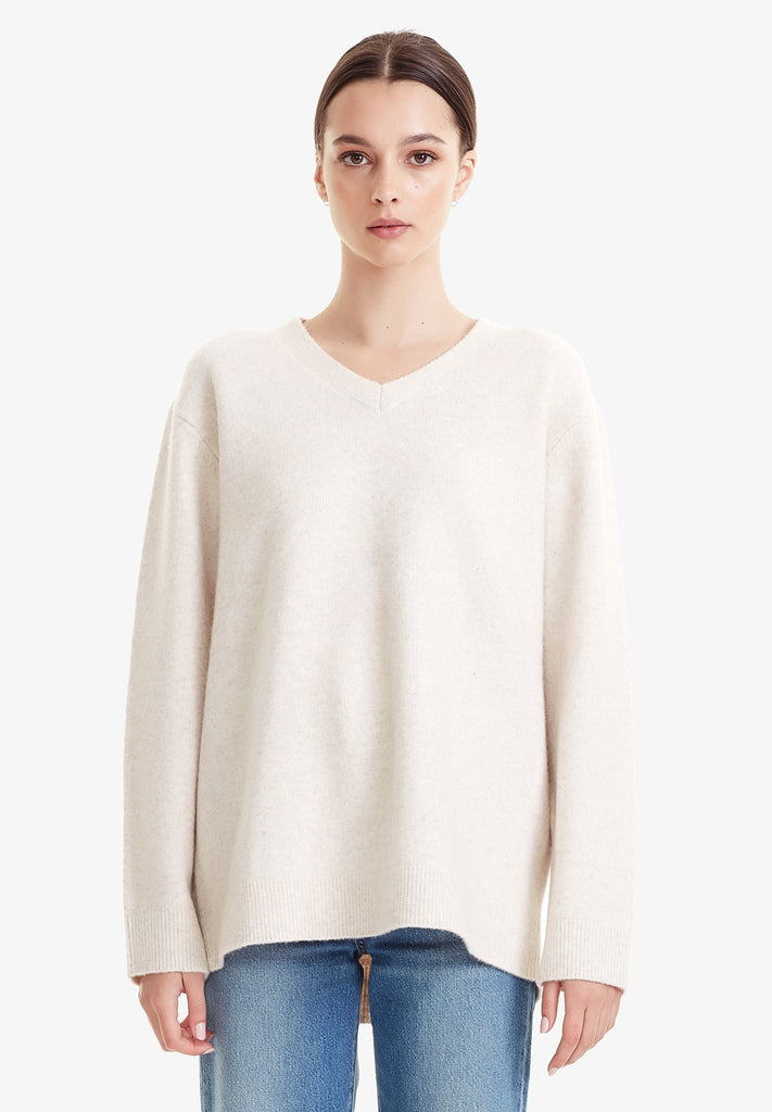 WOMENS OVERSIZED V-NECK SWEATER, OATMARLE