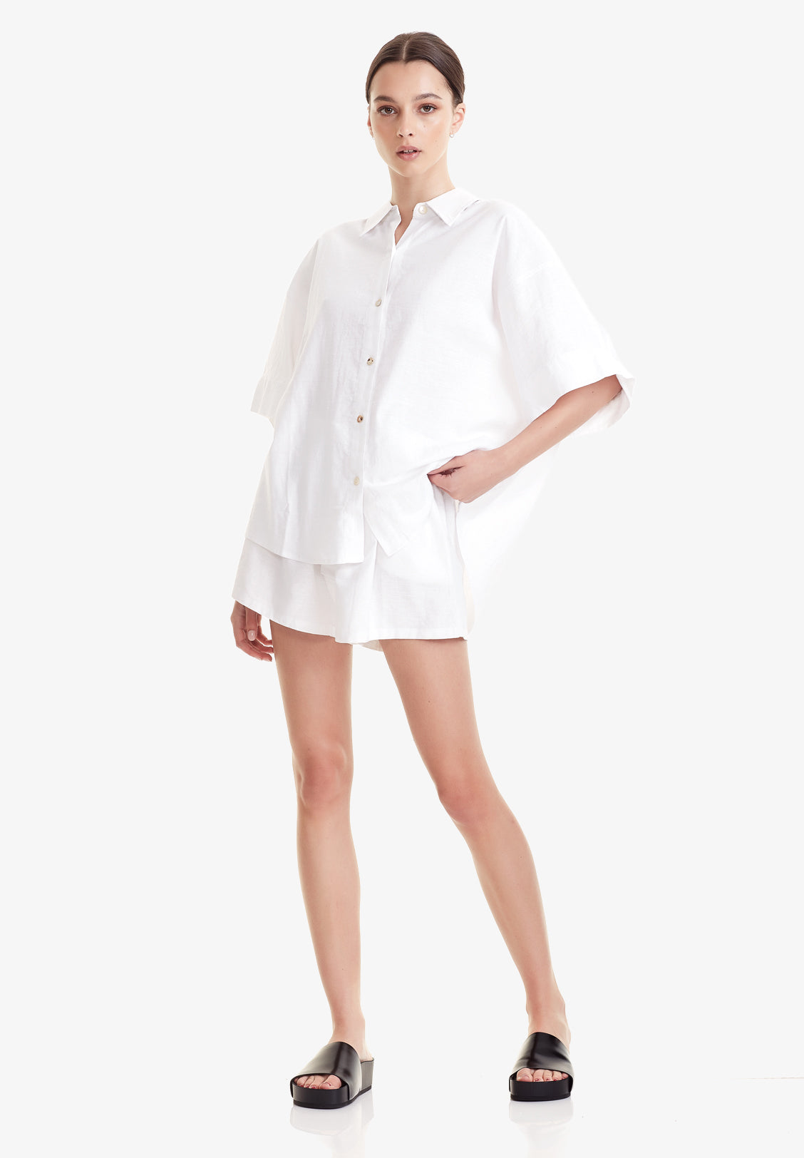 WOMEN'S BOYFRIEND SHORT, WHITE