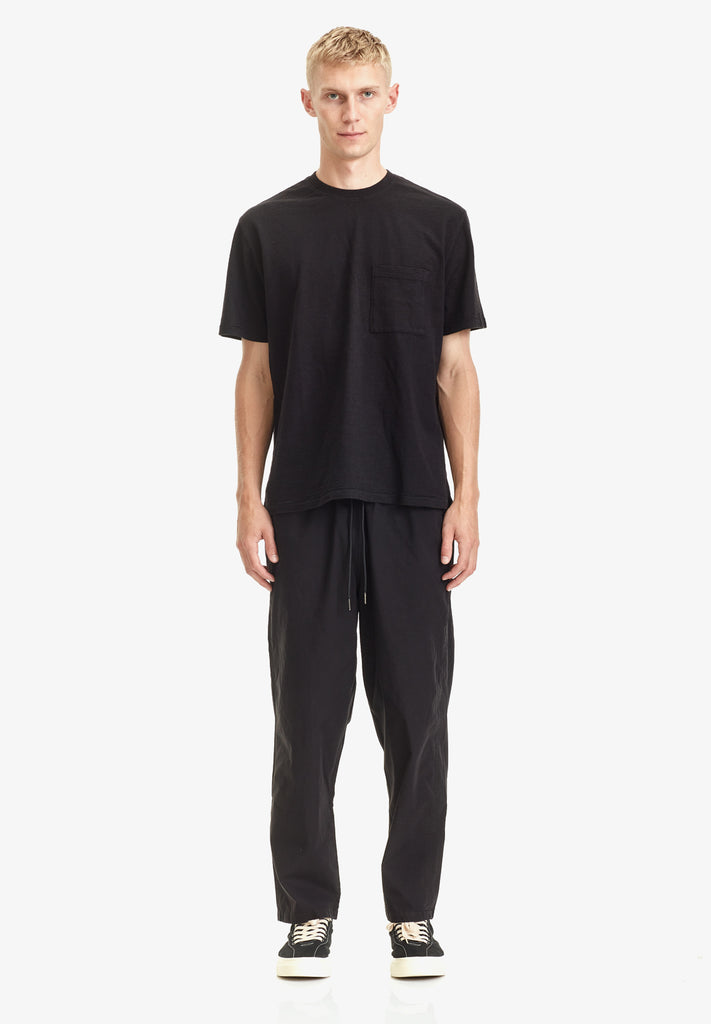MEN'S RELAXED POCKET TEE, BLACK