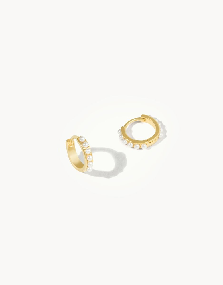 Delicate Huggie Hoop Earrings Pearl