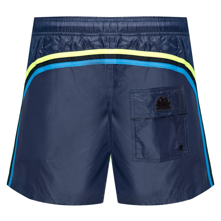 swim shorts with pockets