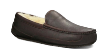 Load image into Gallery viewer, Ugg #5379 Men's Ascot Slipper