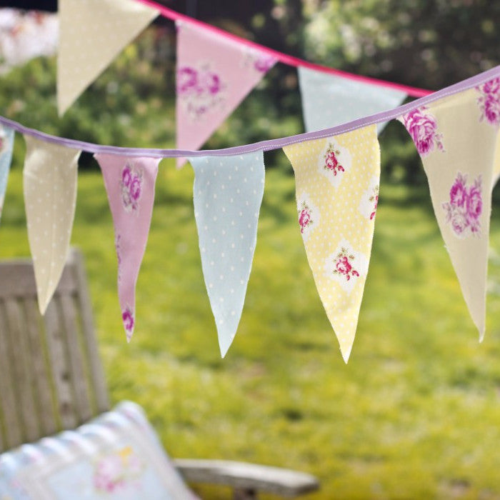 Bunting, Garland + Banners