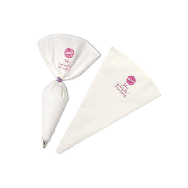Wilton | 14 Inch Featherweight Decorating Bag | Piping Bags