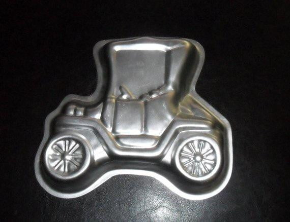 Wilton Mini Vintage Car Cake Tin Hire