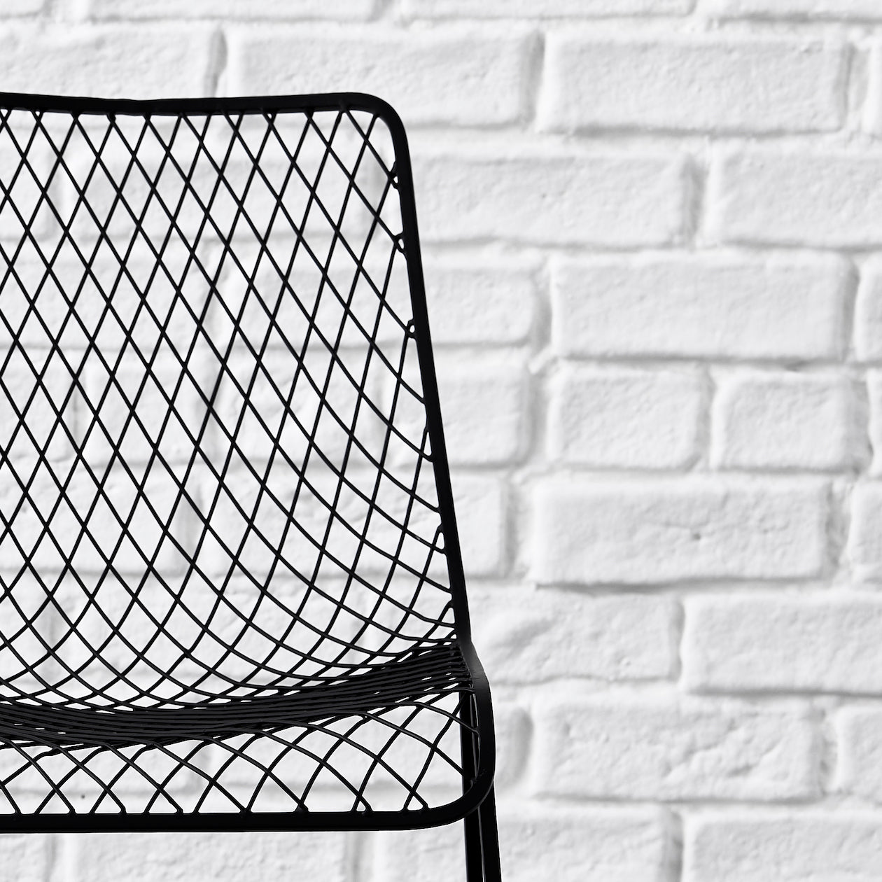fishnet pattern dining chair black