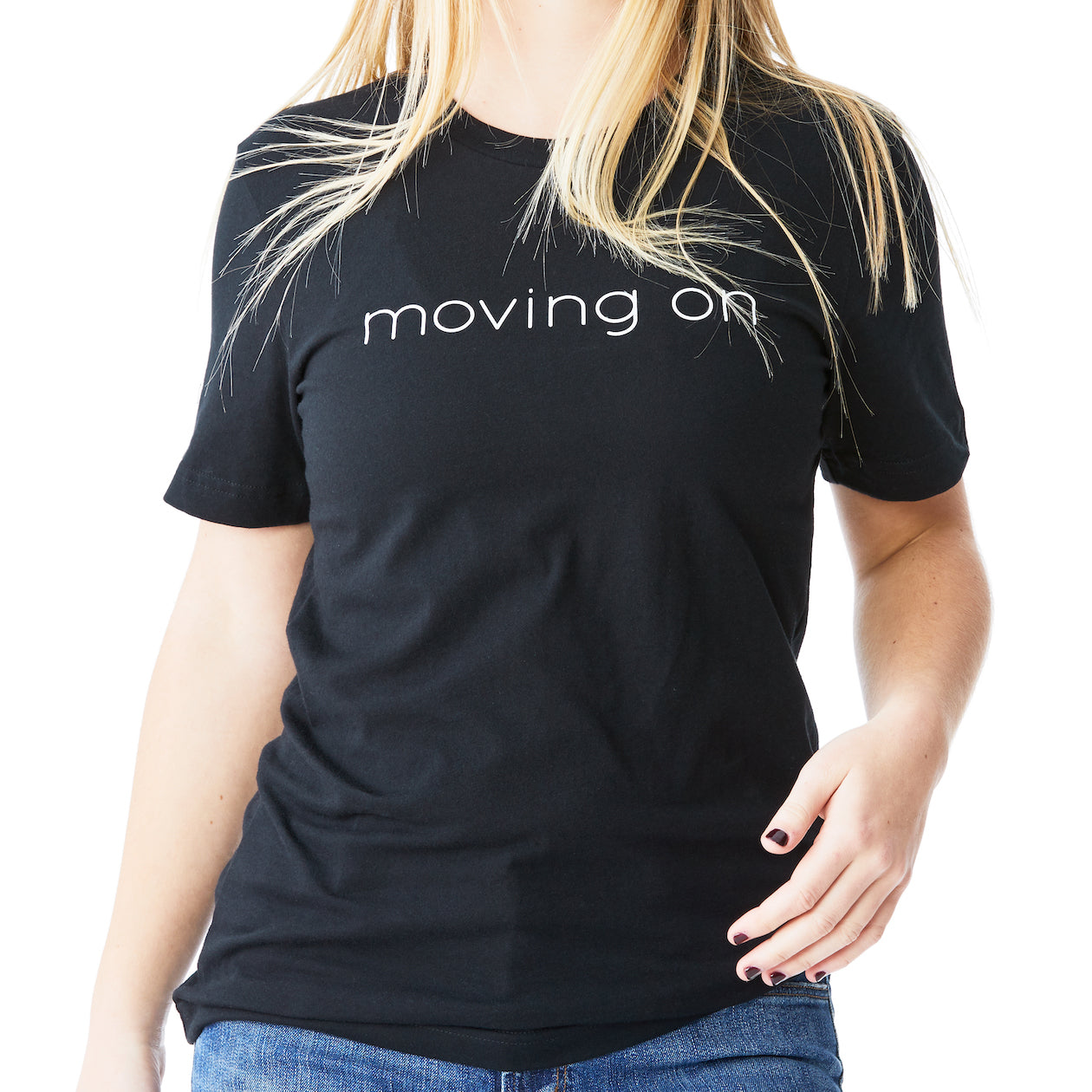 c'est beau1872 – Moving On Logo Short Sleeve Tee in Black