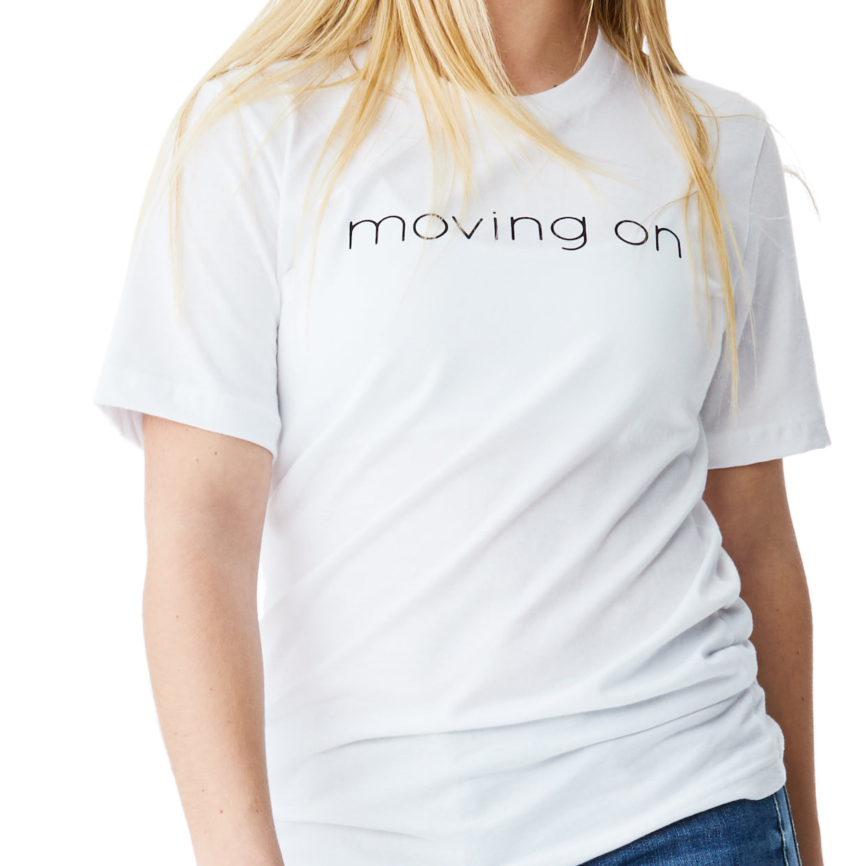 c'est beau1872 – Moving On Logo Tee in White