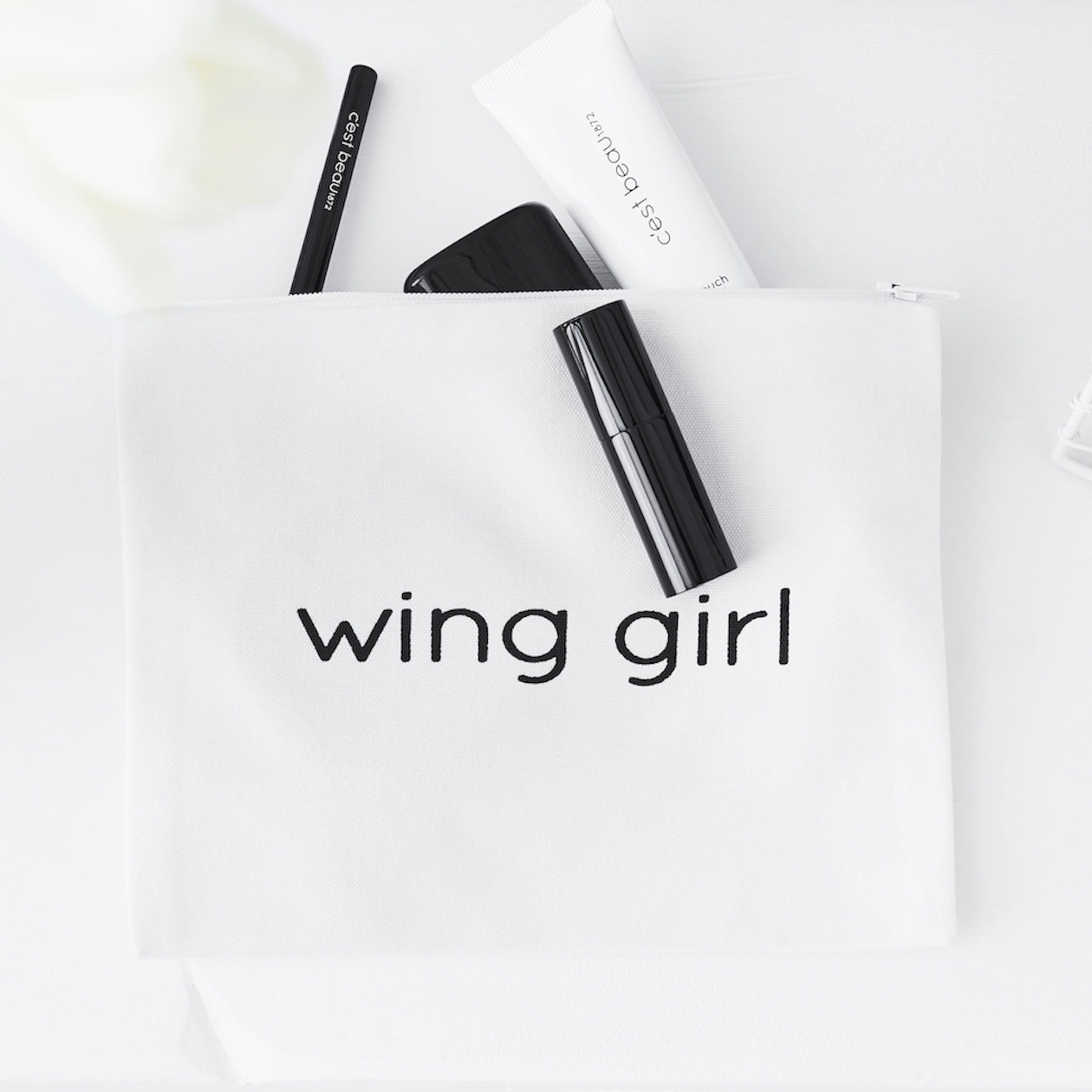 c'est beau1872 Beauty Accessories – Wing Girl Pouch