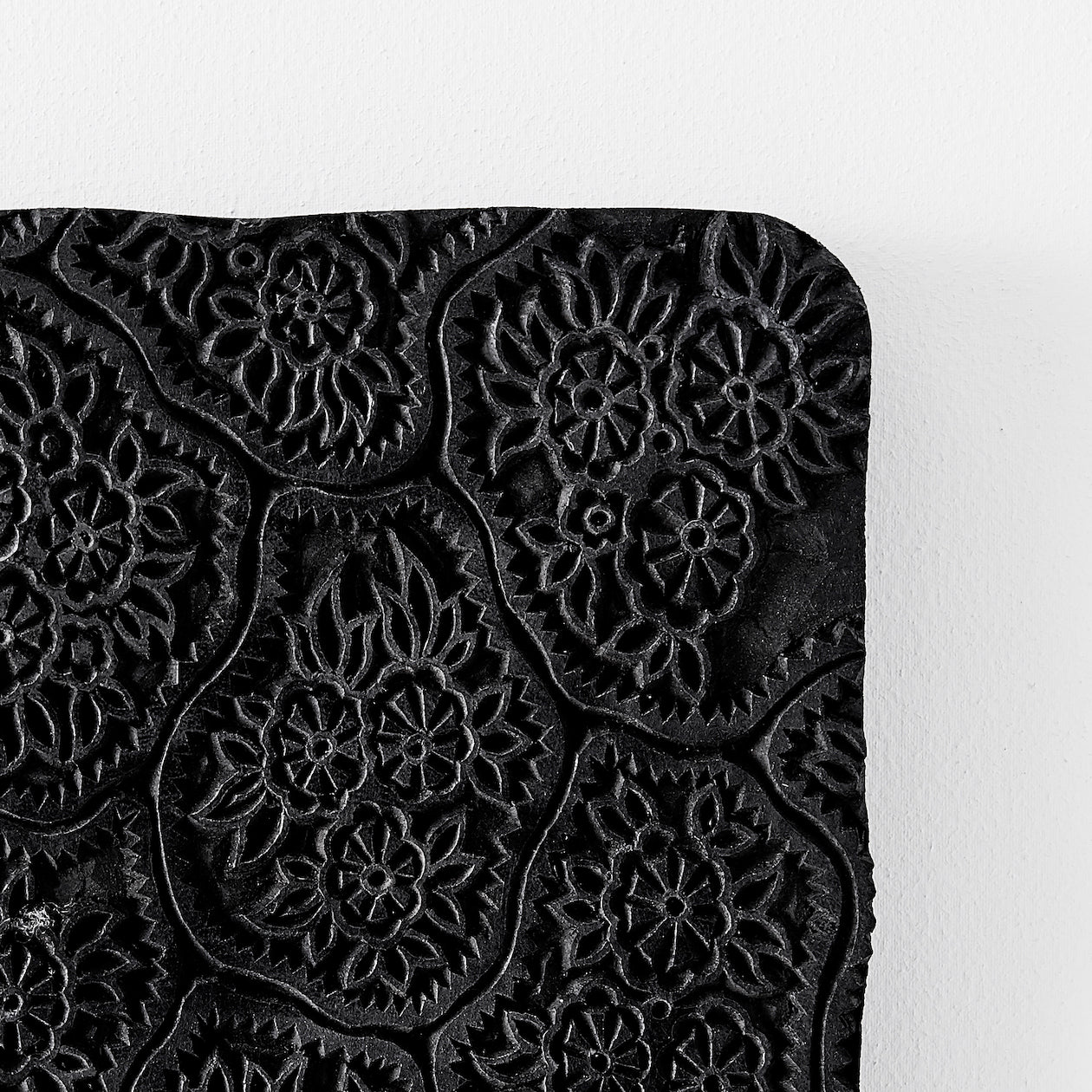 organic floral wood block black
