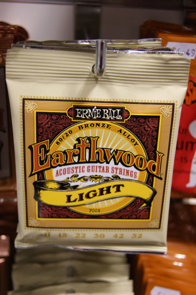 Ernie Ball 2004 Earthwood light acoustic guitar strings 11-52