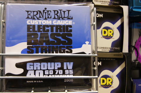 Ernie Ball 2808 flatwound electric bass guitar strings 40-95